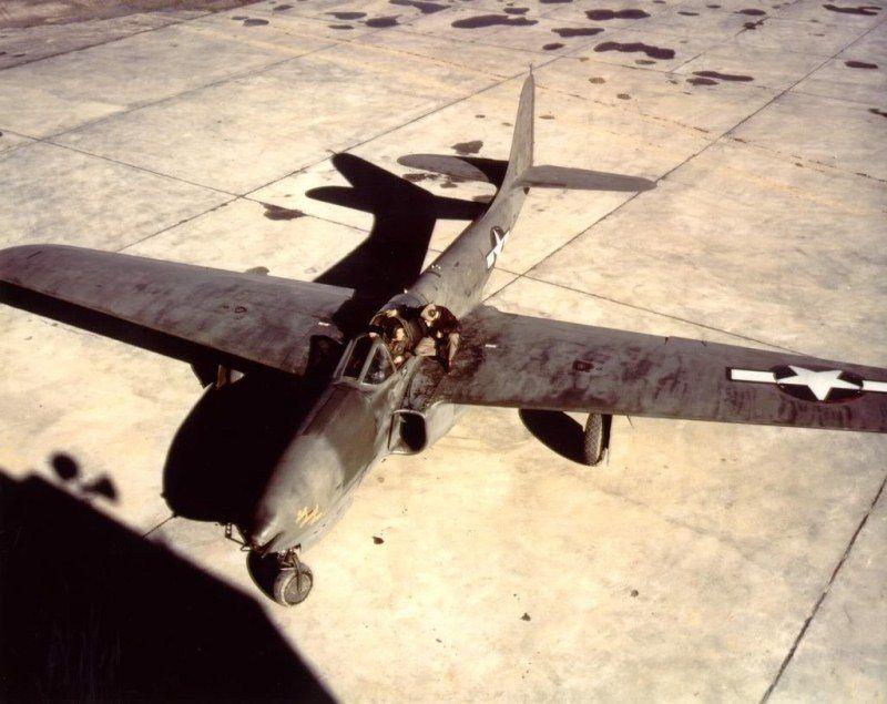 06XP-59A.jpg