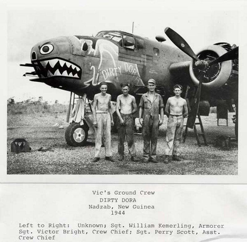 "**** DONE: 1/48 B-25C 41-12971 345th BG 499th BS ""Dirty Dora"" , Heavy Hitters GB-1-ground-crew-resized.jpg"