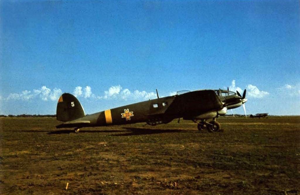 Romanian Air Force-1-111h3-rraf-white-5-bessarabia-1941-01-jpg