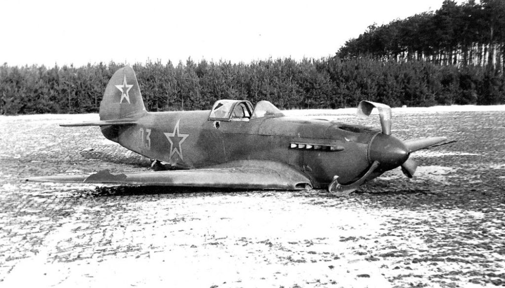 Accidents and losses-1-yak-3-crash-landed-russia-01.jpg