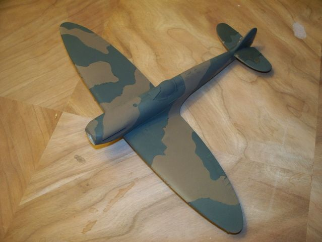 **** DONE: 1/48 Spitfire Mk IIa - Your Favorite Aircraft of All Time GB-100_1149_640x480.jpg