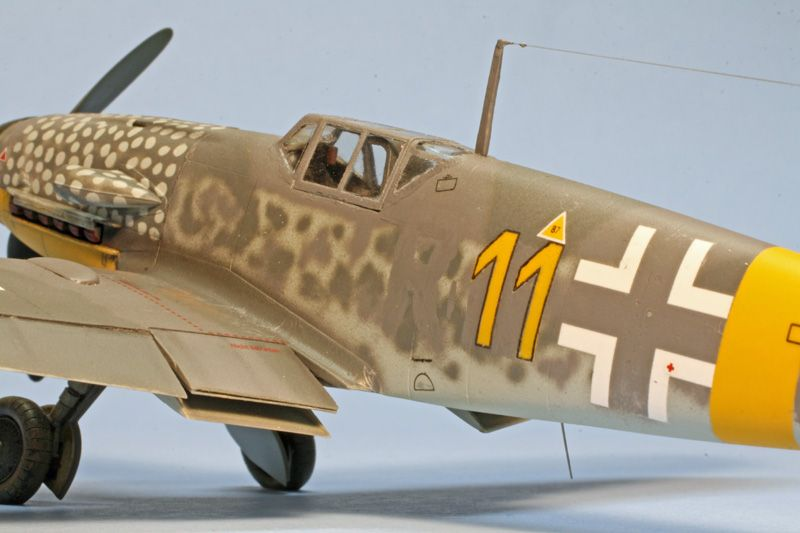 "1st PLACE EXPERT: 1/48 Bf 109G-4/R6 ""Yellow 11"" of 13.(Slow)/JG 52 Eastern Front GB-110506-8-oclock-low.jpg"