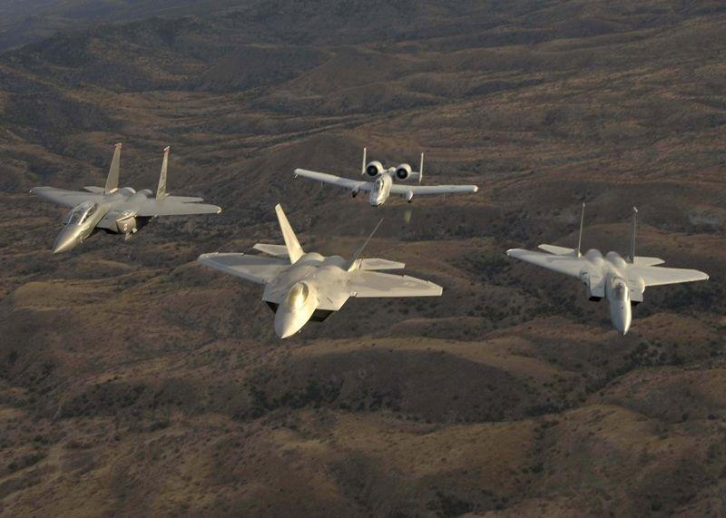 القوات الجوية من وإلى احتلال العراق  51743d1299776417t-u-s-air-force-announces-f-22-raptor-ready-operations-world-wide-12