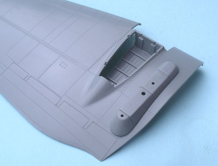 1/48 Pro Modeller Heinkel He111H-22 with V-1-17_-v1-attachment-point-wing_8043.jpg