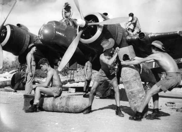 Looking for images of Beaufighter's Boarding Ladder-30sqnraaf5.jpg