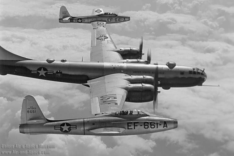 "What The Heck Were They Thinking? B-29 Project ""Tip Tow""-342usaf18705r2-035308-eb-29b-44-62093-f-84e-48-661-48-641-right-side-flight-l.jpg"