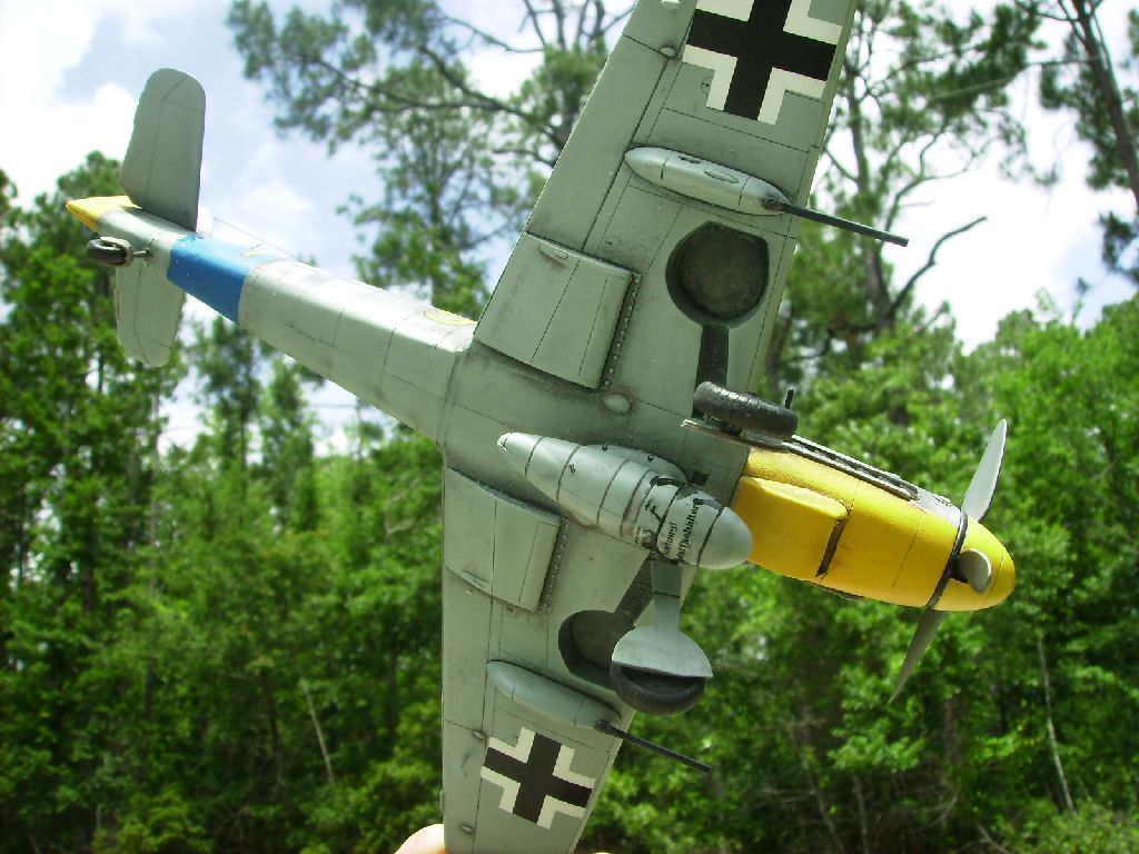 ****Finished: Bf109G-6, Yellow 9, of JG54-a07b.jpg