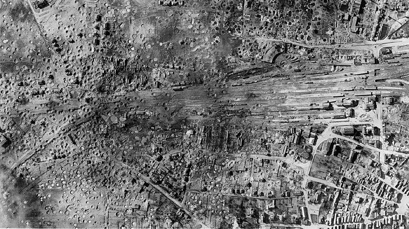 RAF Bomber Command Diary... Jan 1945......-atrailway_yards.jpg