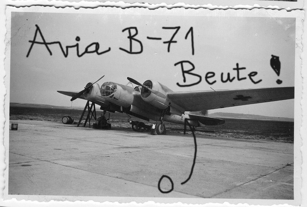 Avia B71_02.JPG