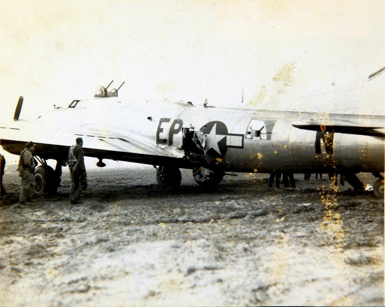 B-17 side.jpg