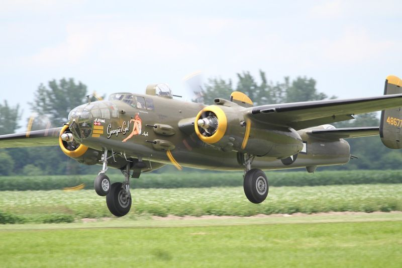 B-25J Mitchell(-).JPG
