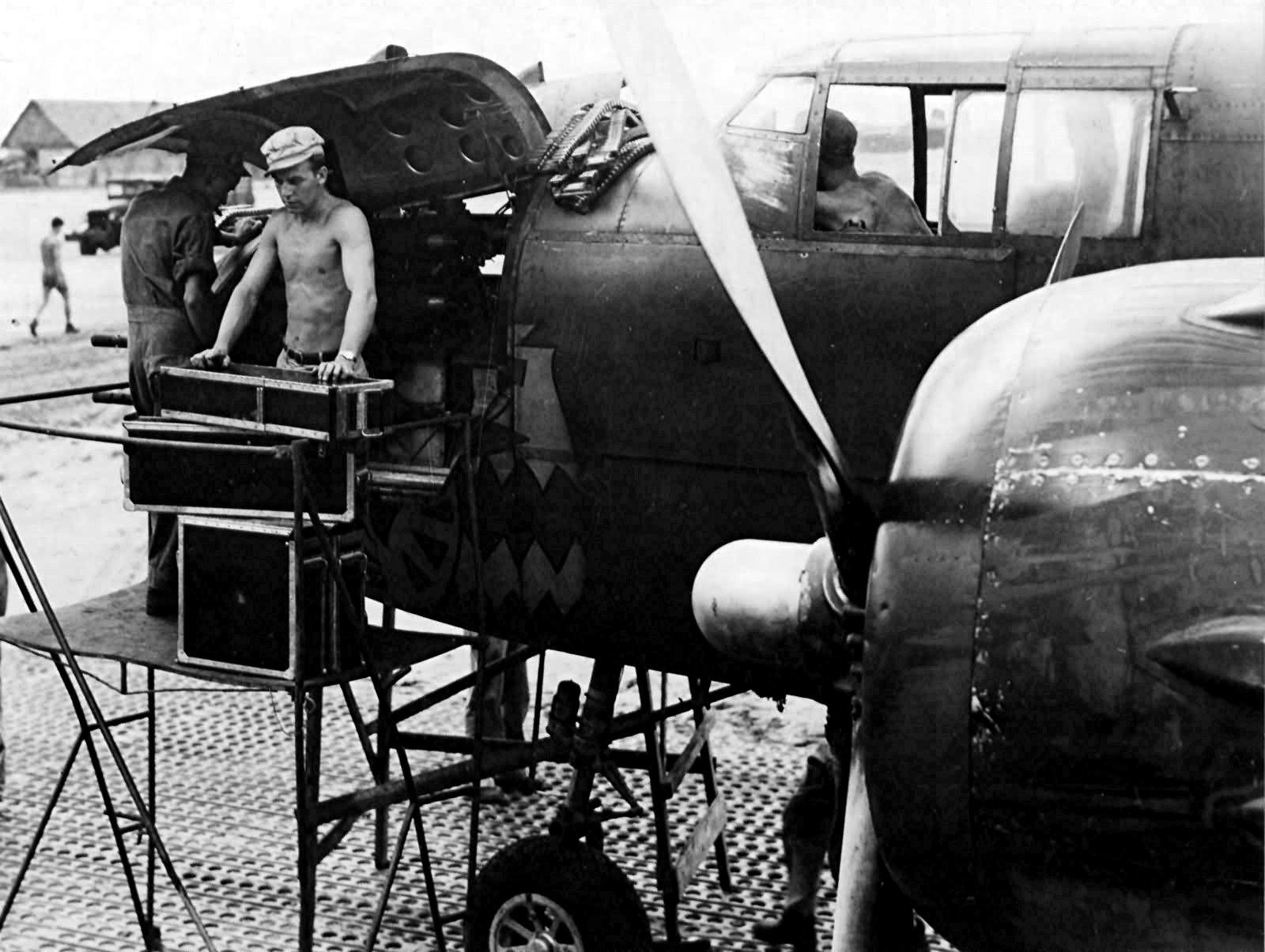 B-25J_Mitchell_Gunship.jpg