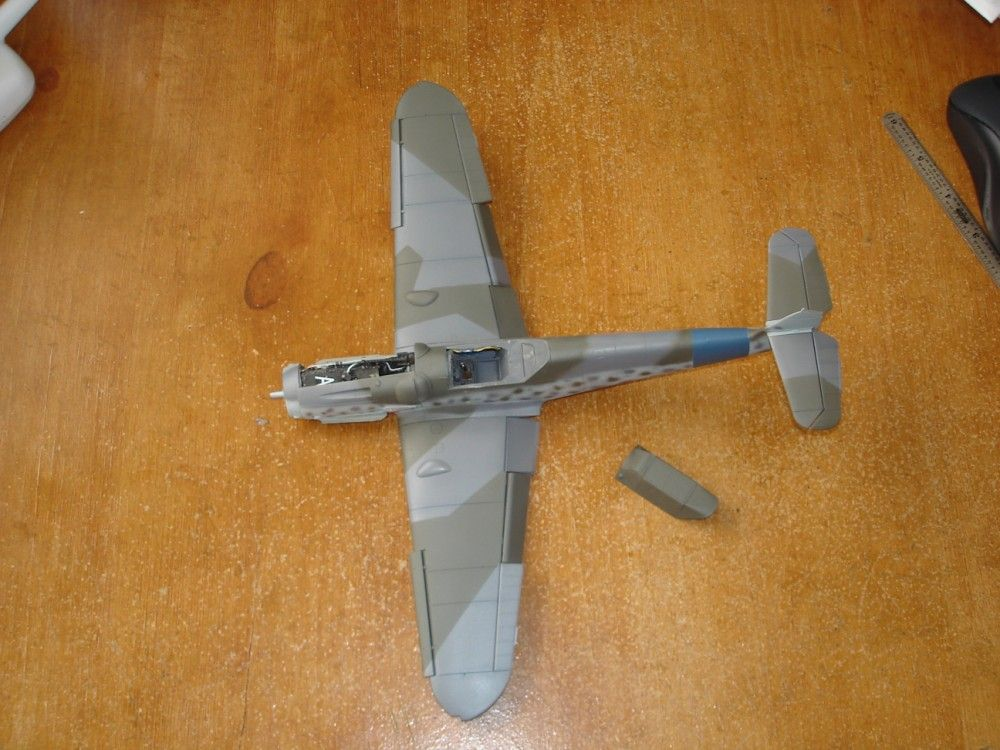 Bf 109G-6 Yellow 1 of 9./JG 54 Oblt Schilling Gruppe Build-bf109-075-1000-x-750-.jpg