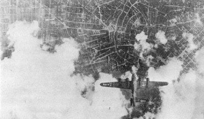 Battle Damaged Aircraft of WW2-bombed_tail4-jpg