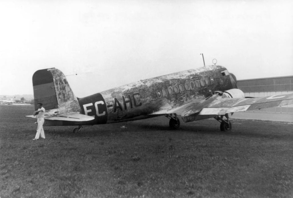 Spanish Civil War: Republican Air Force (FARE)-breguet-470-fulgur-jpg