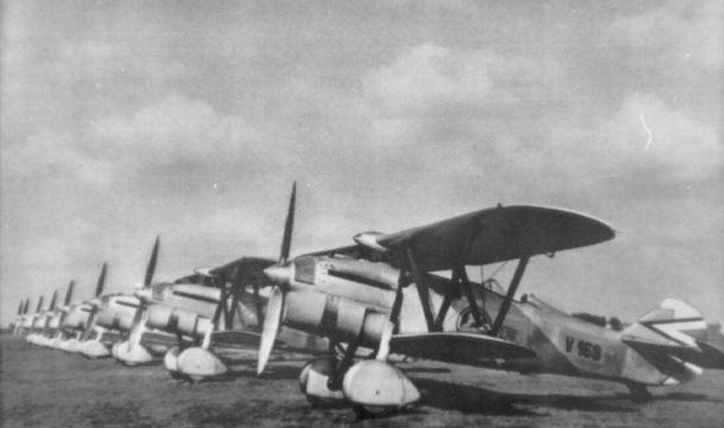 Hungarian Air Force-c32sqdaf-jpg
