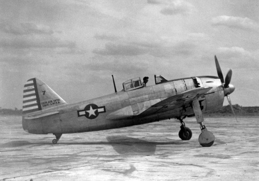 Captured Aircrafts: EEUU-captured_kawanishi_n1k1-j_on_ground_1945.jpg