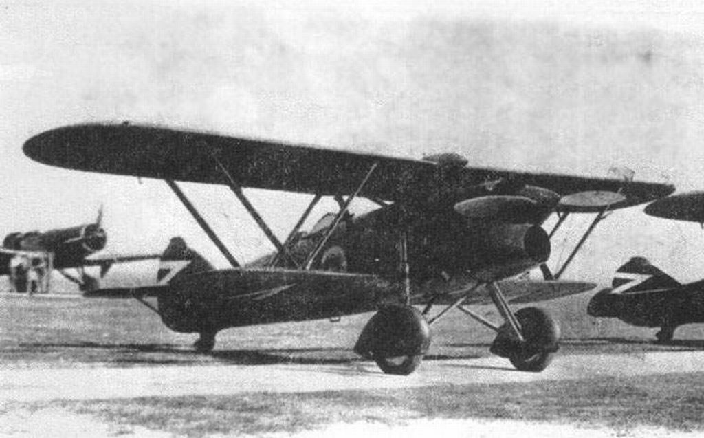 Hungarian Air Force-cr32_1-jpg