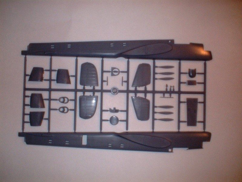 New Armstrong Whitworth Whitley kits 1/72-dscf0008-jpg