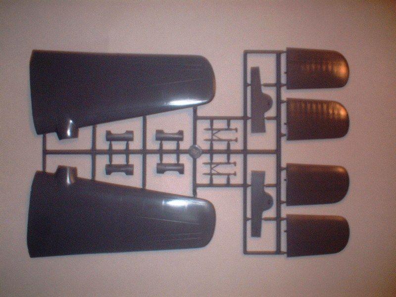 New Armstrong Whitworth Whitley kits 1/72-dscf0010-jpg