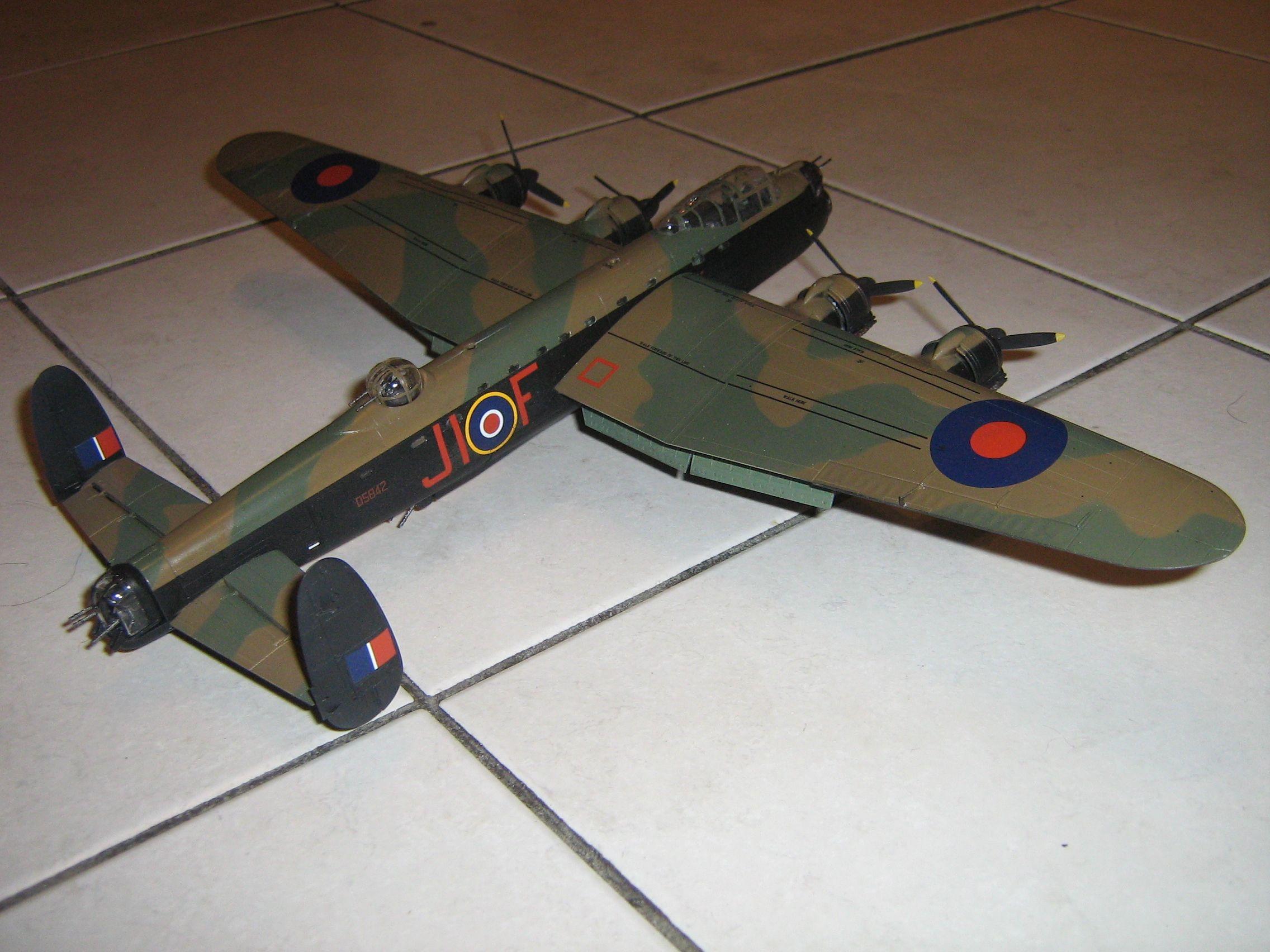 **** FINISHED: - 1/72 Avro Lancaster BII - Aircraft Nose Art GB.-finished-lancaster-4-jpg