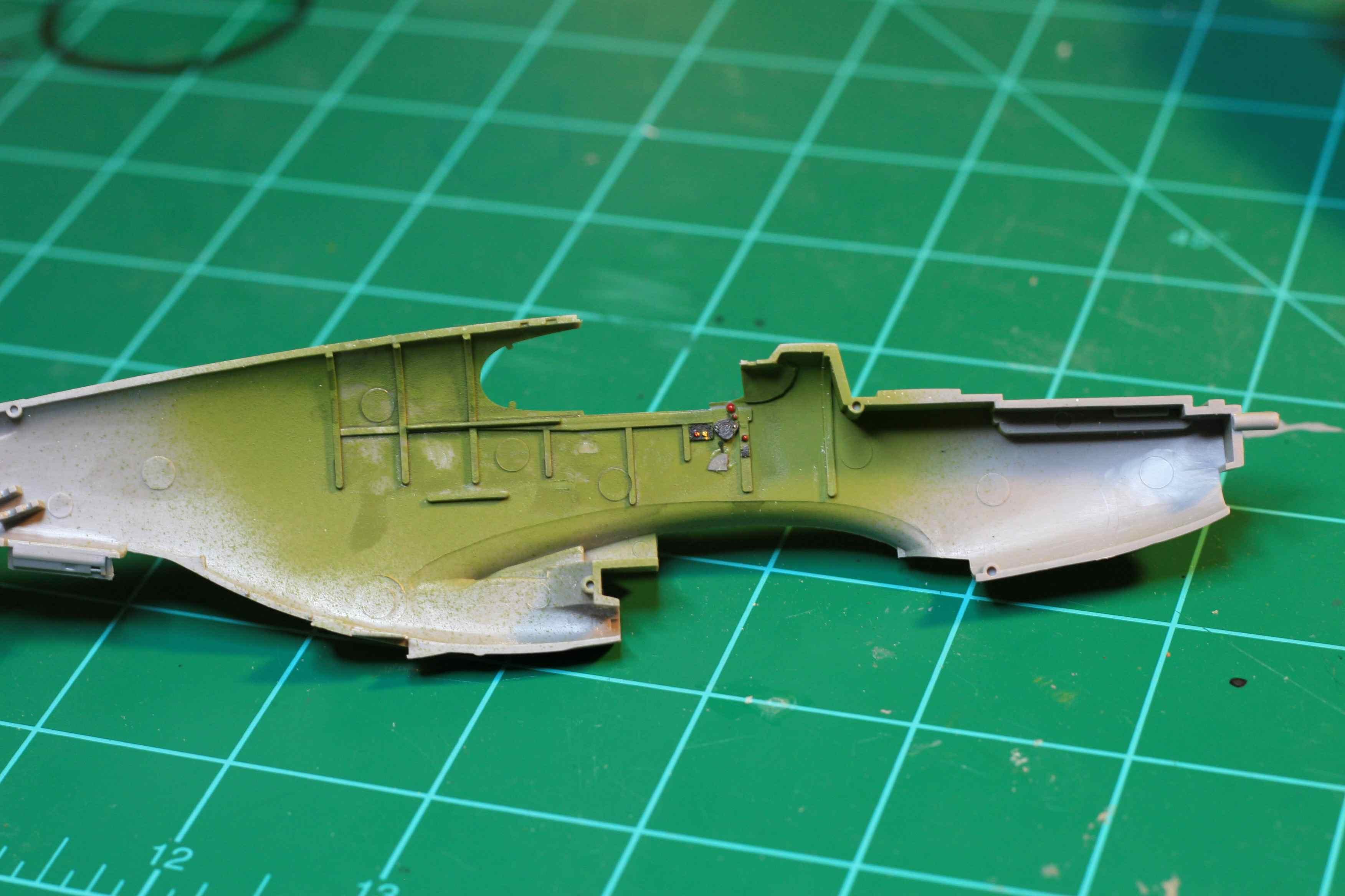 Tamiya 1/48 P-51B Build-fuselftside_small.jpg