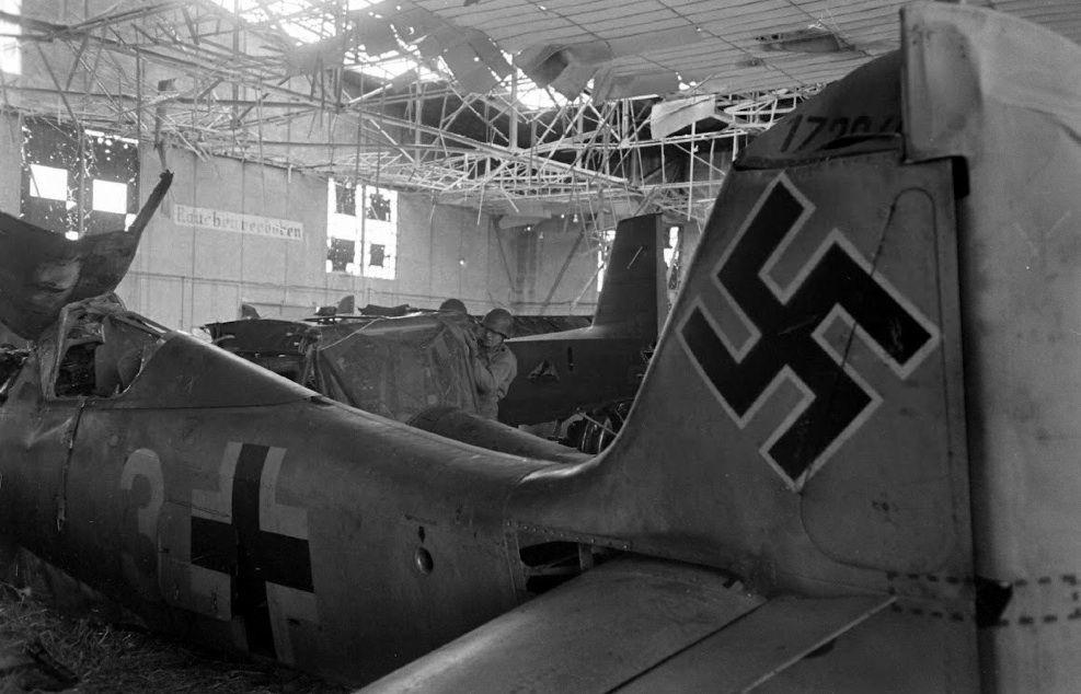fw190_81_Rheims sept 1944.jpg