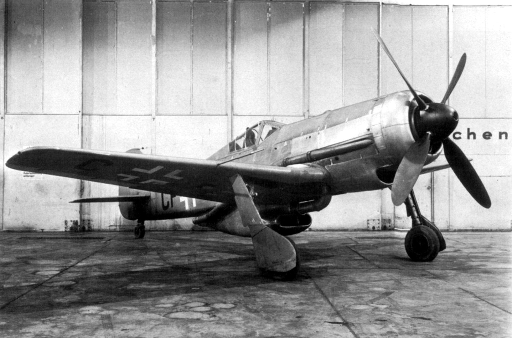 FW190V18-.jpg