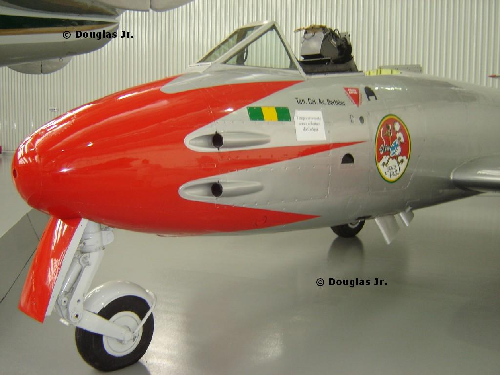 """Wings of a Dream"" - Brazilian Aviation Museum-gloster-meteor-2.jpg"