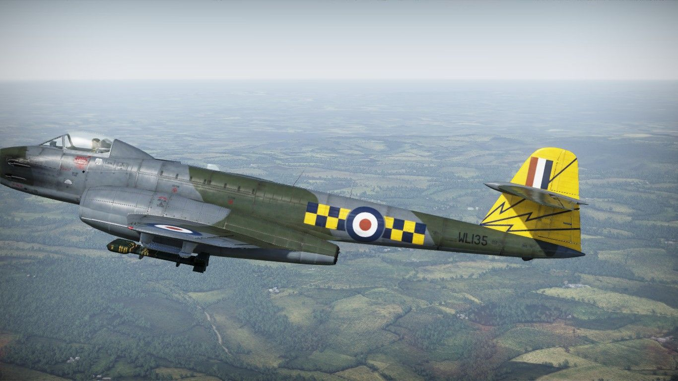 Gloster Meteor F.8 No. 245 Squadron 2.jpg