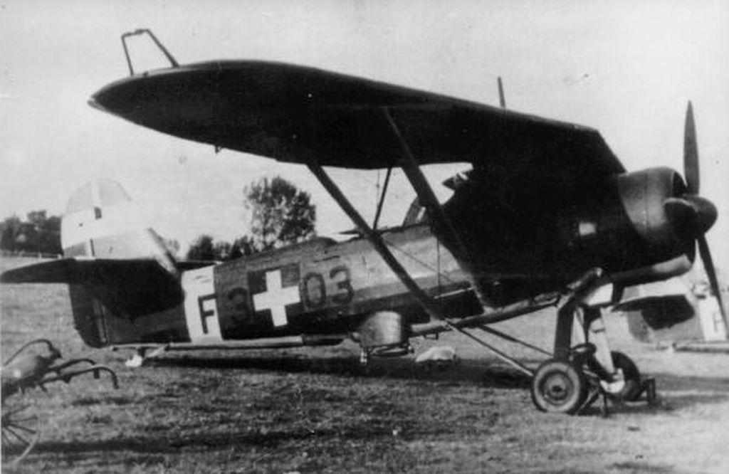 Hungarian Air Force-h46p8.jpg