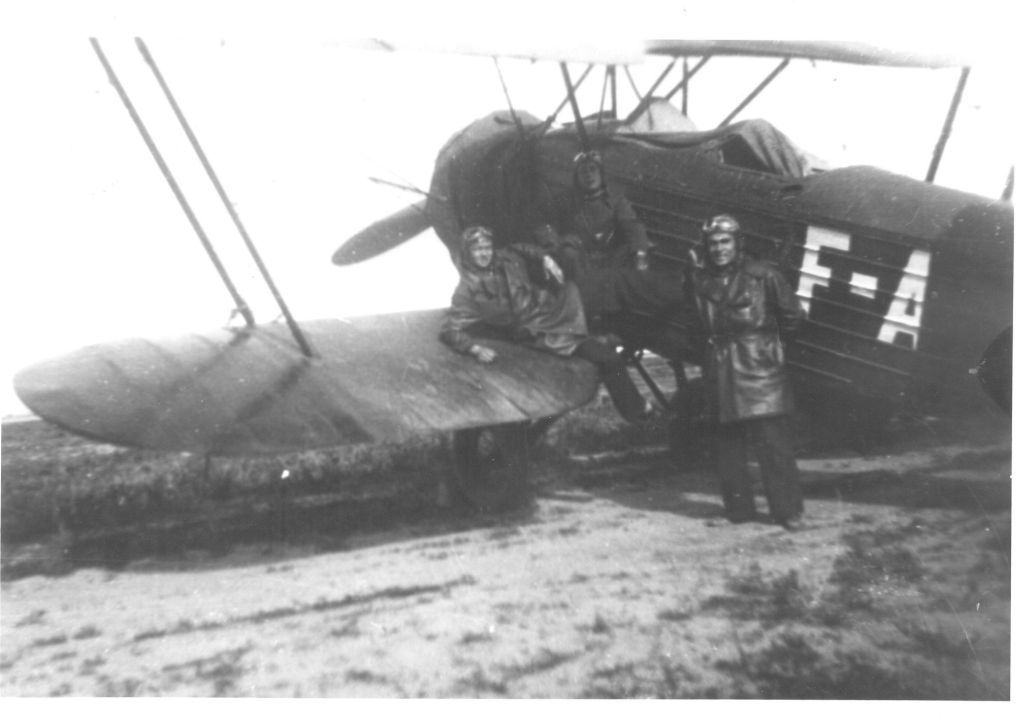 Spanish Civil War: Republican Air Force (FARE)-hanriot-439-jpg