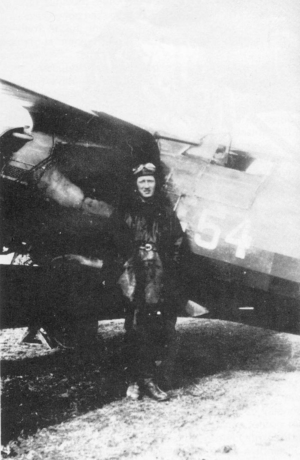 Spanish Civil War: Republican Air Force (FARE)-harold-evans-dahl-jpg