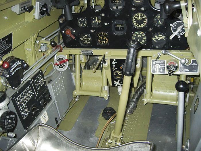 Curtiss Hawk 75 A N° 140 du capitaine Josef Duda Hobby craft 1/48 Hawk-2075-20cockpit-2018-jpg