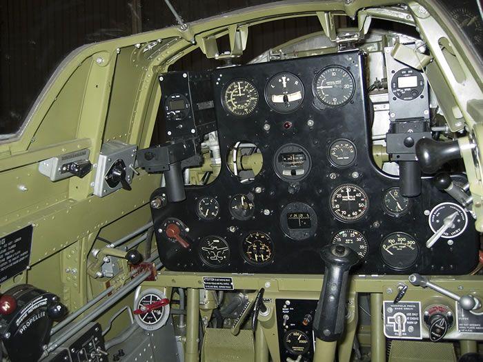 Curtiss Hawk 75 A N° 140 du capitaine Josef Duda Hobby craft 1/48 Hawk-2075-20cockpit-2019-jpg