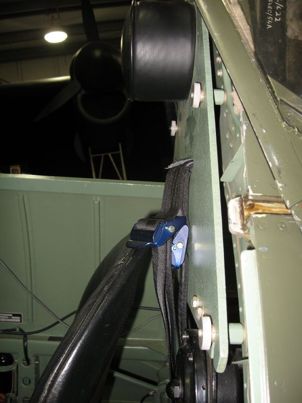 Spitfire Cockpit Colour-img_0092_14_1-jpg