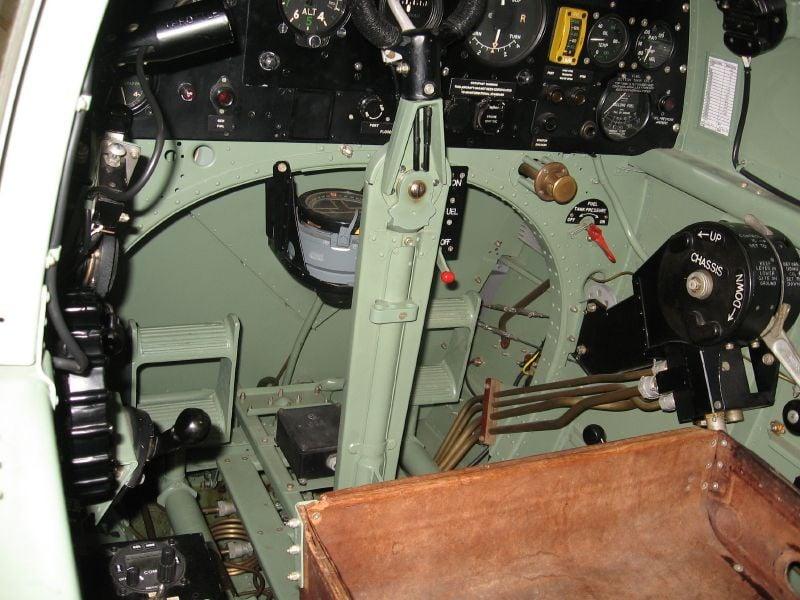 Spitfire Cockpit Colour-img_0093_15_1-jpg