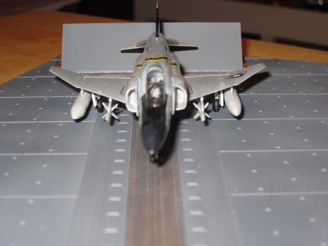 Dirk's 1/144 Revell F-4 Phantom VF-84