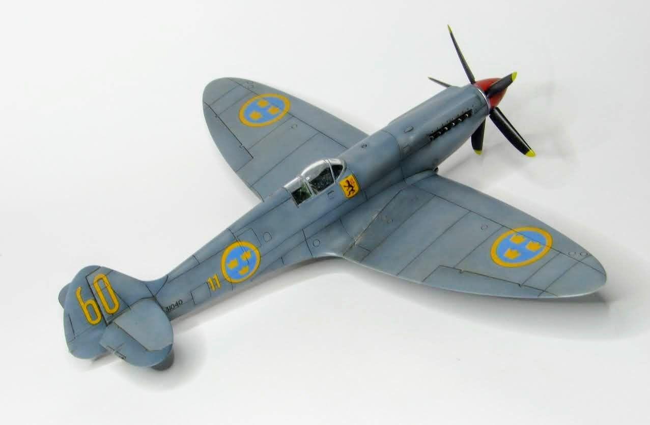 Spitfire PR 19 Airfix 1/72   Aircraft of World War II