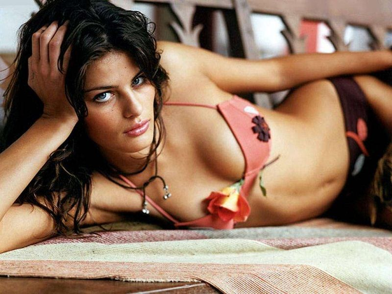 Name:  Isabeli_Fontana.jpg