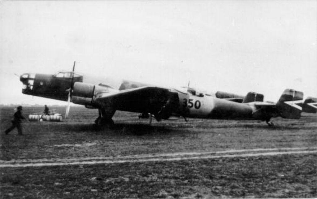 Hungarian Air Force-j86p2-jpg