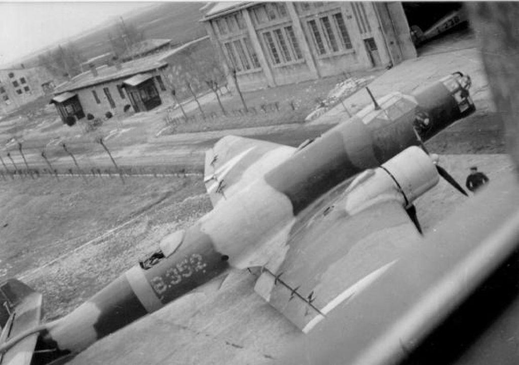 Hungarian Air Force-j86p9-jpg