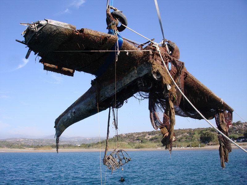 Greek Military Divers Raise Wreckage of German World War II Stuka Bomber From the Sea-ju87a-jpg