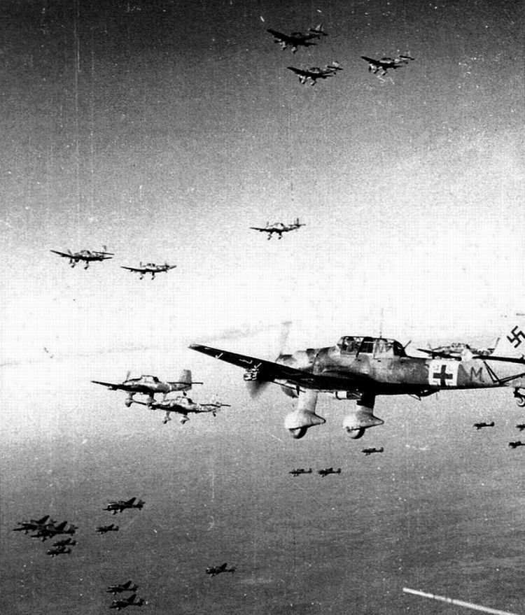 Ju87R2Trop-StG2-(T6+M)-Mediterranean-Coastline-North-Africa-21.jpg