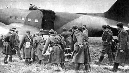 Russian C-47 with turret-li2-7-jpg