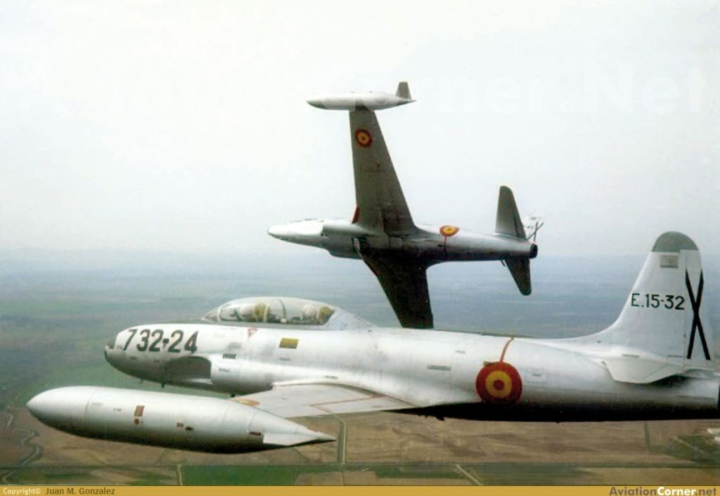 Ejercito del Aire (Spanish Air Force)-lockheed-t-33-shooting-star-008.jpg