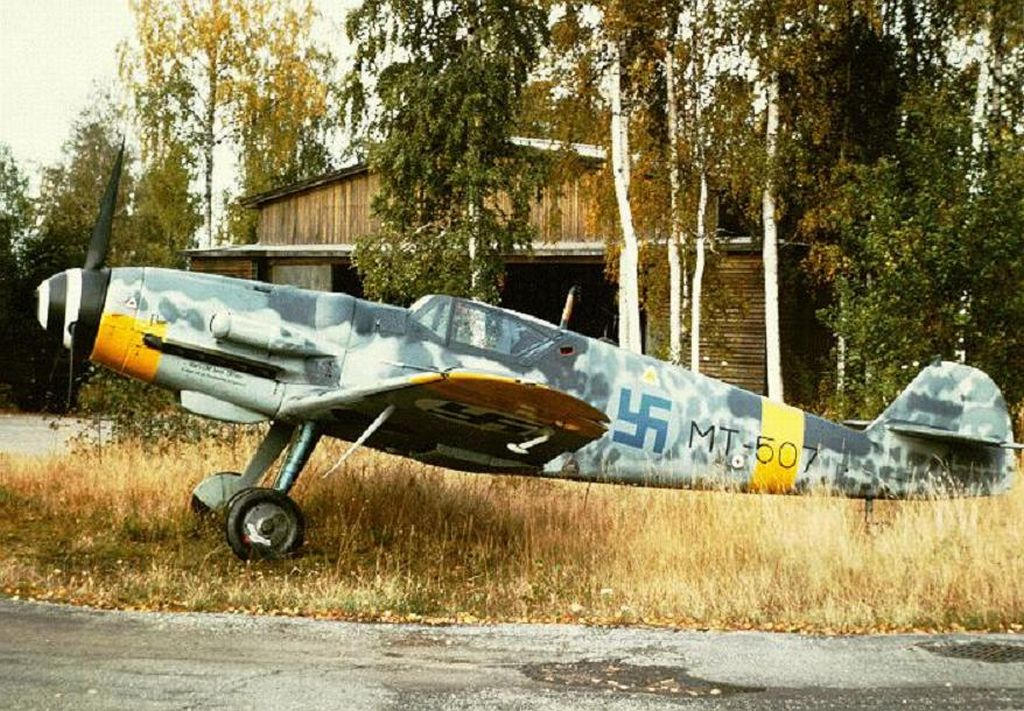 Finland Air Force-messerschmitt-bf-109-002.jpg