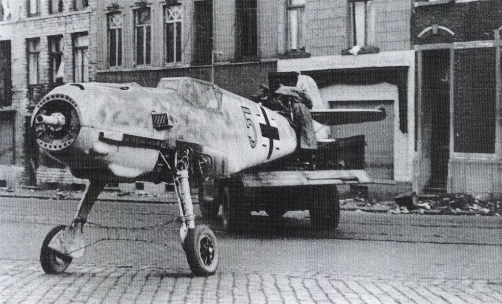 -messerschmitt-bf-109-4-001-jpg