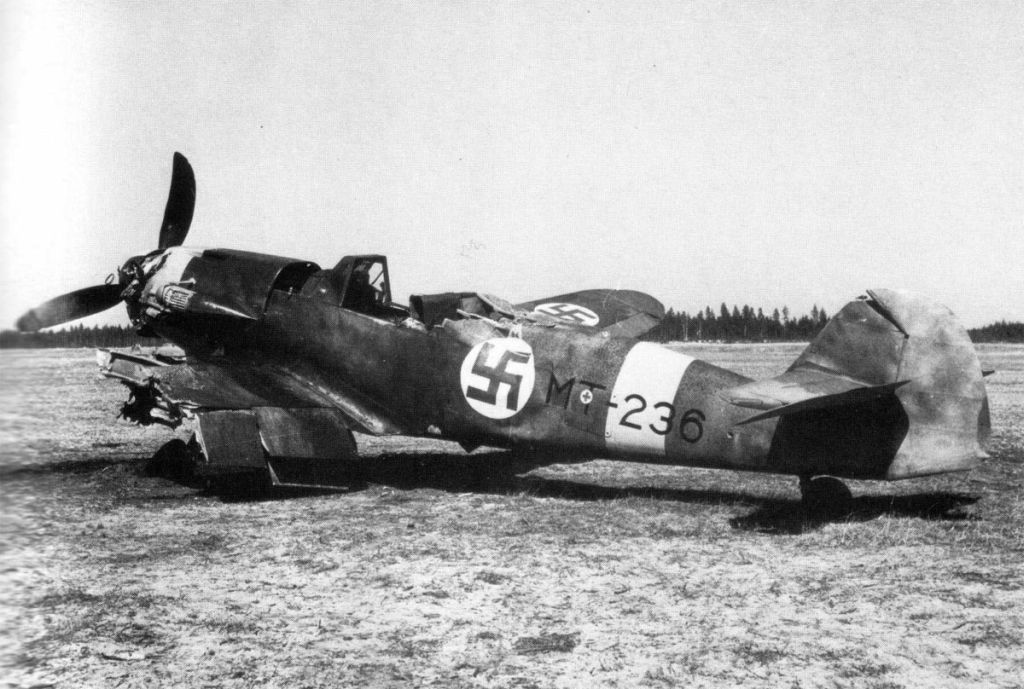 Finland Air Force-messerschmitt-bf-109g2-0023.jpg