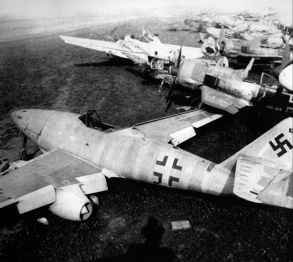 Captured Aircrafts: EEUU-messerschmitt-me-262-eeuu-0016.jpg